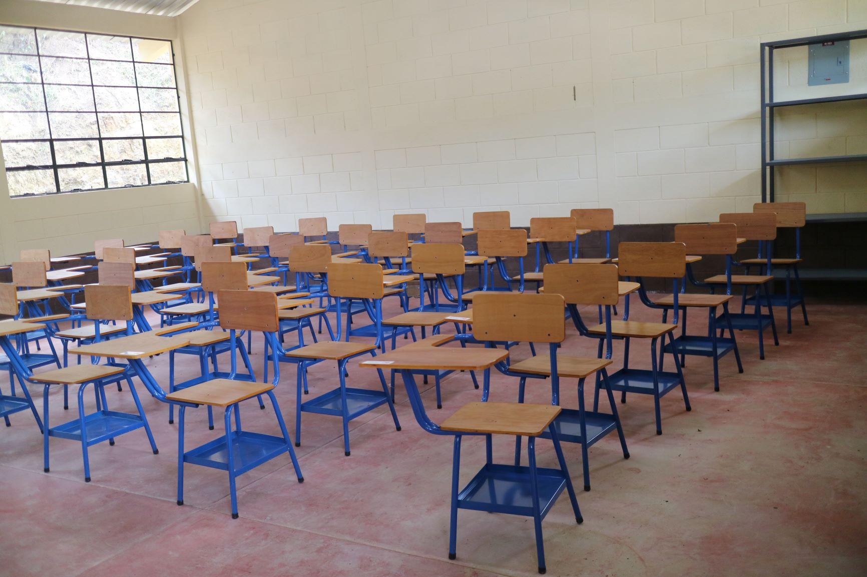 「ウエウエテナンゴ県ハカルテナンゴ市サン・アンドレス・ウイスタ集落小学校再建計画」引渡式